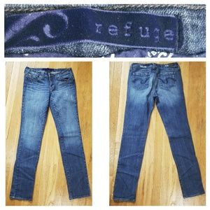 Refuge Distressed Jeans 9L
